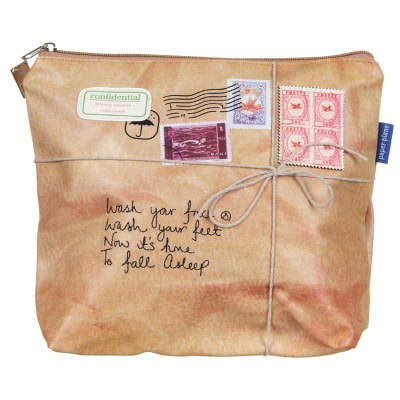 disaster-designs-paper-plane-washbag-ppwash-01